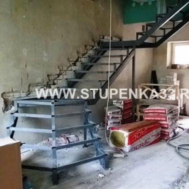 Металлокаркас для лестницы