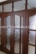 Витражные двери из массива