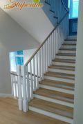 Лестница из массива Ясеня целая ламель.