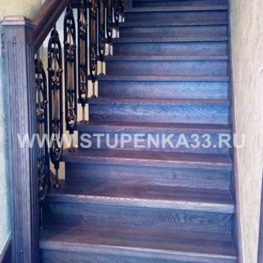 Лестница из ясеня в 3-х уровневую квартиру