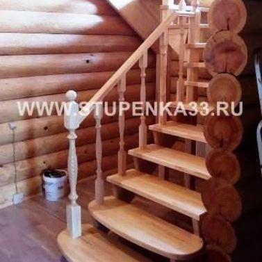 Изготовление двухпролетной лестницы на косоурах. Материал - массив сосны