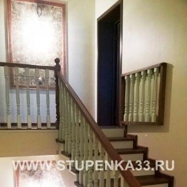 Лестница из массива ясеня целая ламель