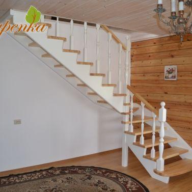 Изготовление деревянной лестницы из сосны